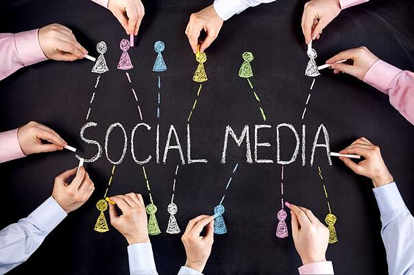 How_are_Businesses_Adapting_the_ways_they_use_Social_Media