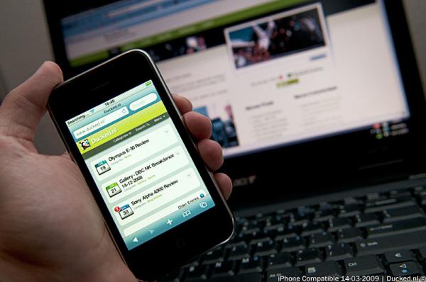 responsive vs adaptive mobile websites resized 600