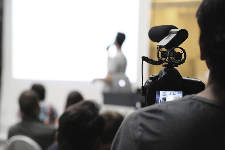 filming_business_video.jpg