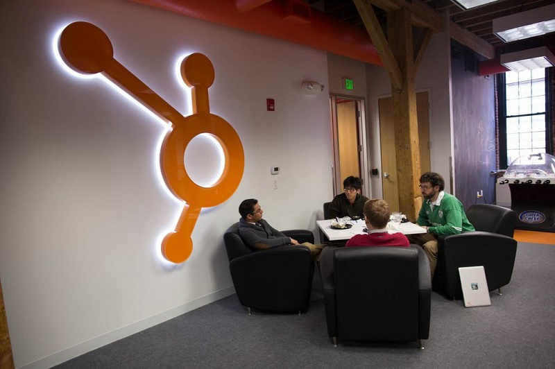 Build And Expand Your Customer Database By Investing In HubSpot