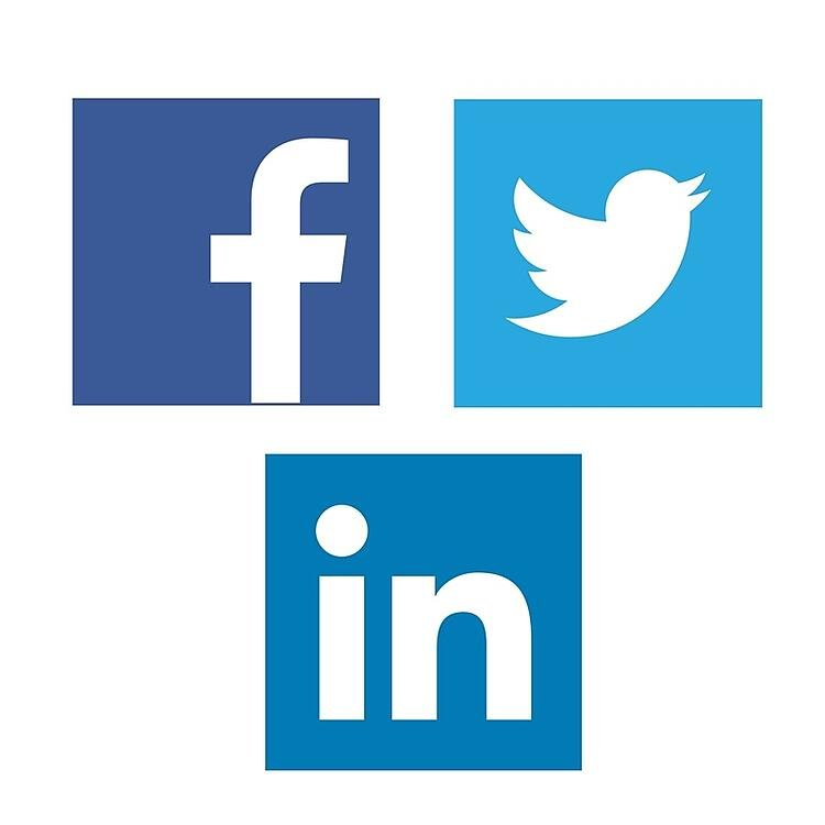 Facebook Vs LinkedIn Vs Twitter Paid Advertising.jpg