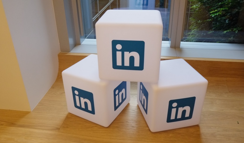 LinkedIn Company Page vs. Personal Profile – Which Is Best For You