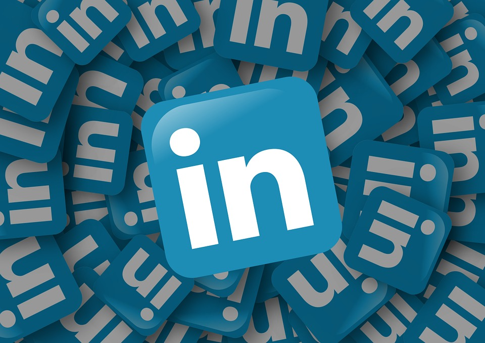 A Beginner's Guide - How To Generate Leads Using LinkedIn.jpg