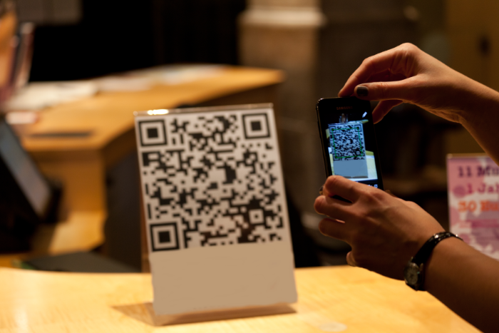 How_To_Use_QR_Codes_For_A_B2B_Business.png